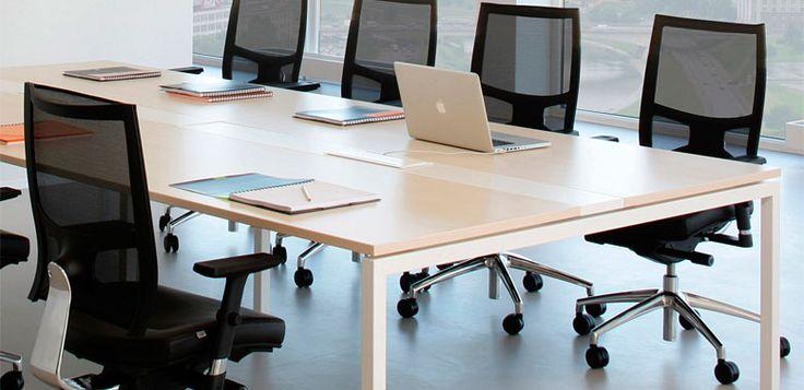 Quadra -- Características: QUADRA es la solución a las necesidades del ejecutivo moderno. Infórmate más sobre este mueble dándole clic a la imagen.
