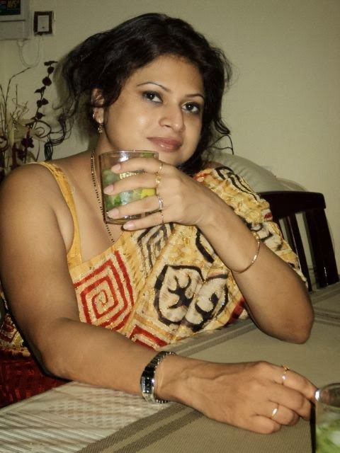 Indian aunty bum-6239