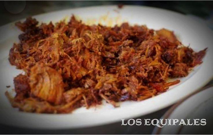 #comidacaseraenladelvalle COMIDA CASERA EN LA DEL VALLE. El auténtico Chilorio Sinaloense, esta en LOS EQUIPALES, con un delicioso sabor casero. Tenemos un horario de servicio de Lunes a Domingo a partir de las 14:00 pm hasta las 23:00 pm, contamos con servicio a domicilio. Te invitamos a conocernos, Tel. 56873458.