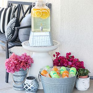 Get ready to entertain your guests outdoors! These must-have entertaining finds are all you need to get ready for your summer parties and al fresco dinners! #outdoor #outdoorparty #outdoorentertaining