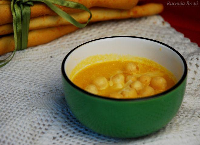 Na blogu już kilka razy pojawiały się przepisy na pyszne zupy z dyni. Najczęściej piszemy…