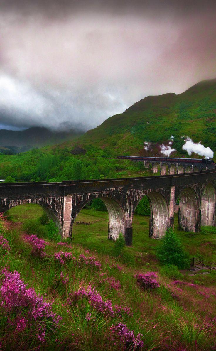 Glenfinnan Viaduct is a rail bridge! Travel to Scotland! See 28 Mind Blowing photos of this beautiful country! Scottish Highlands | Edinburgh | Glasgow | Castles | Isle of Skye