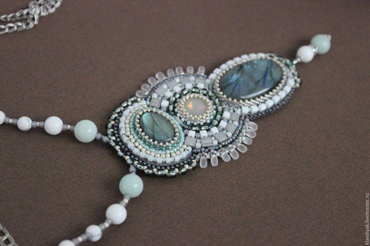 """Купить Кулон """"Северное солнце"""" - серый, лабрадор натуральный, украшения ручной работы, украшение на шею"""
