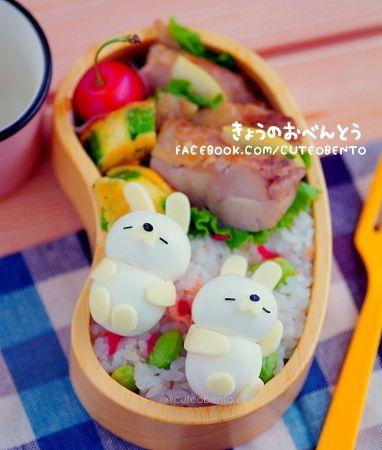日本人のごはん/お弁当 Japanese meals/Bento ウズラの卵兎弁当 boiled egg sleeping bunny bento 蓋したら潰れませんか?