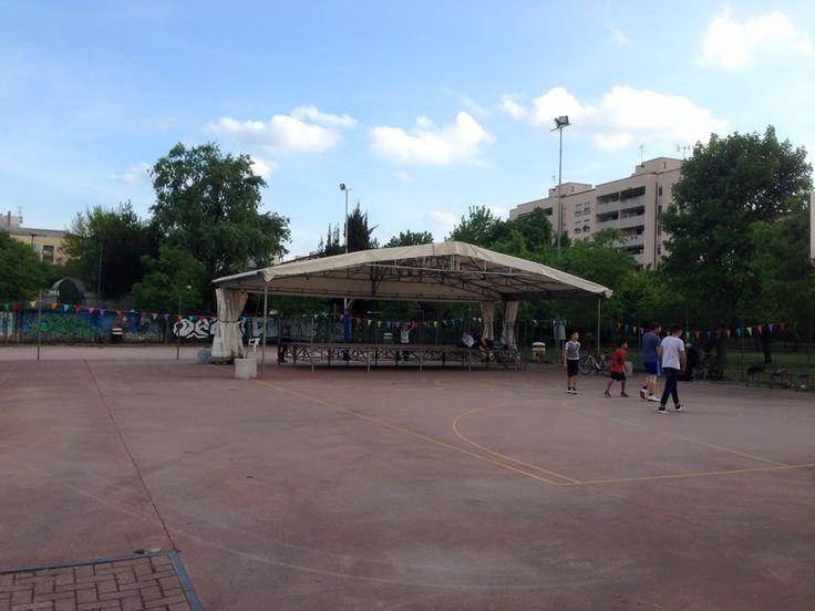 Ecco, arrivato sempre questa mattina lo stand per la #festaSanGiuseppe di Vicenza. Si festeggerà con qualsiasitempo!