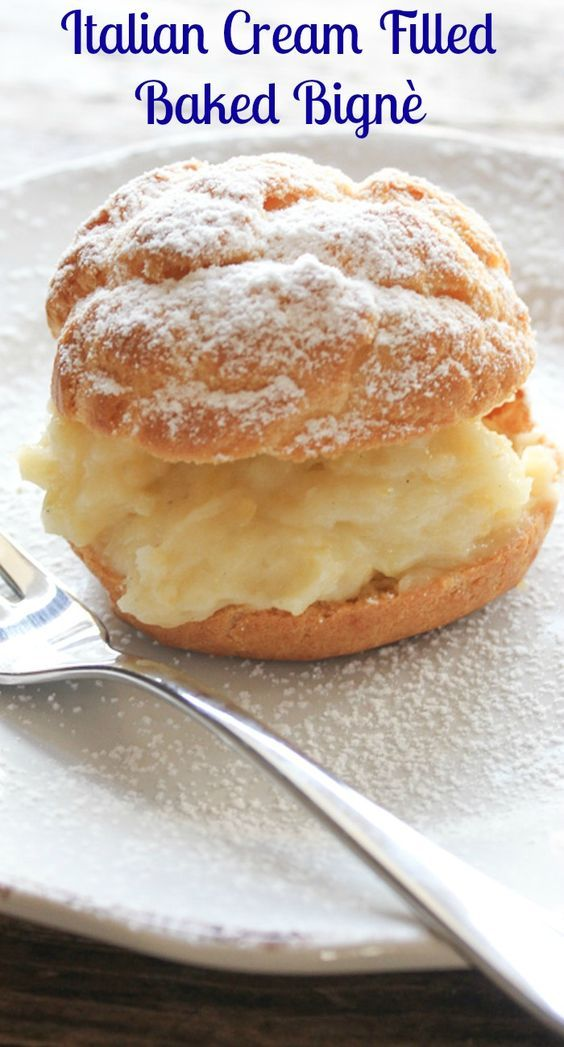Italian Cream Filled Baked Bignè, a delicious chioux pastry filled with Italian cream or a simple whipped cream, perfect for any occasion. And not difficult!