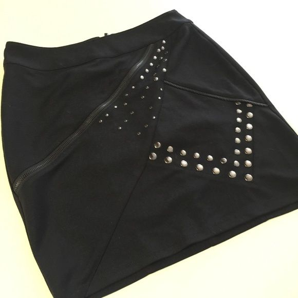 Kardashian Kollection Skirt Great condition with no flaws! Only worn a few times by my friend! Bundle and save 20%!! Kardashian Kollection Skirts