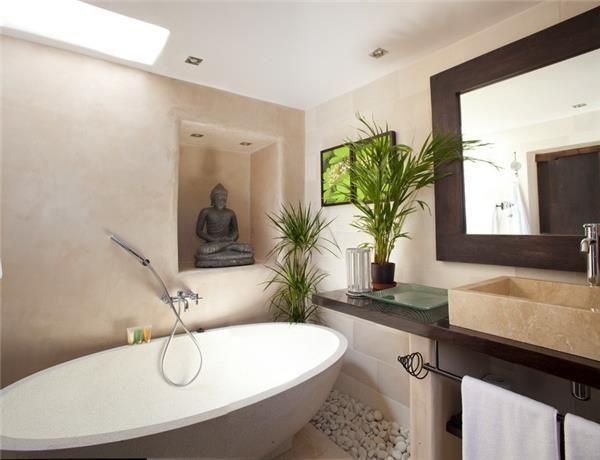 Elegant bathtub in Sant Joan De Labritja, Ibiza, Spain
