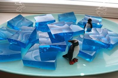 winter snackBirthday Parties, Jigglers Ice, Penguins Parties, Blue Jello, Parties Ideas, Jello Jigglers, Ice Block, Birthday Ideas, Birthday Cakes