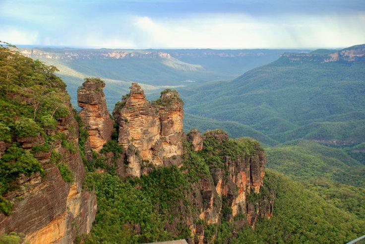 The Three Sisters. Blue Mountains, NSW, Australia.jpg 3,872×2,592 pixels
