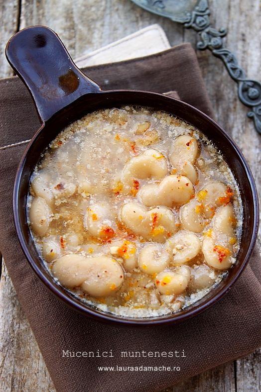 mucenici-muntenesti. Traditional omanian pasta with ...