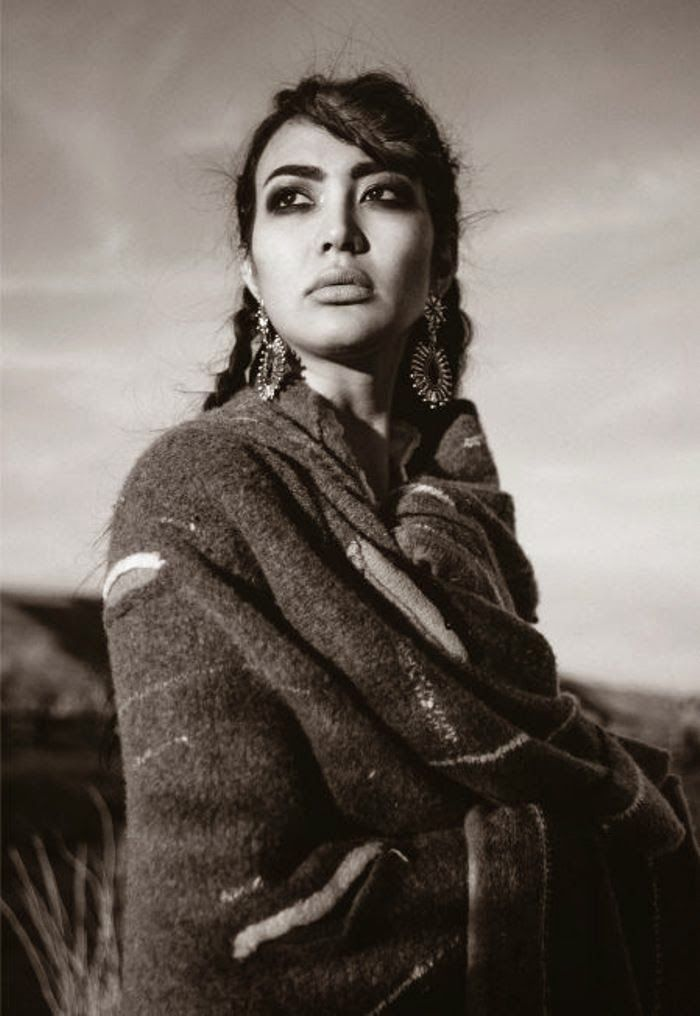 Beautiful Native American Women: Apache, Blackfeet