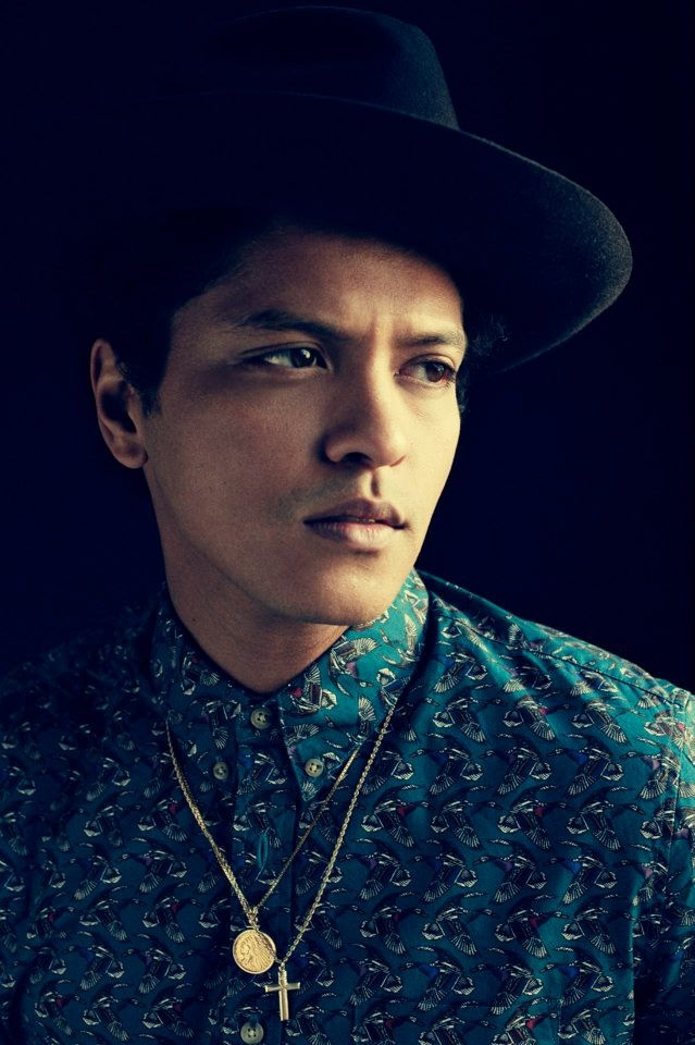 Bruno Mars...WRONG!!!!! His name is Peter Hernandez! LEARN YOUR SINGERS!!!!!!