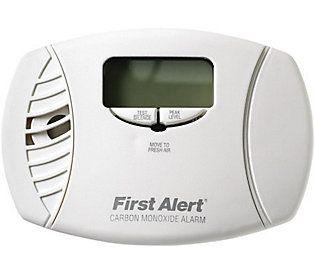 First Alert Carbon Monoxide Plug-in Alarm & Digital Display