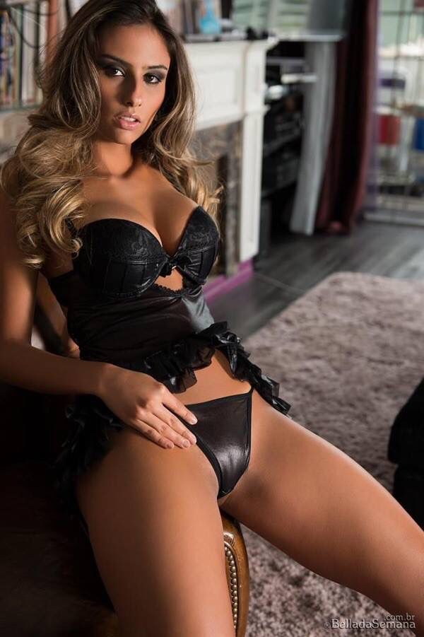 Lingerie In Leather 111
