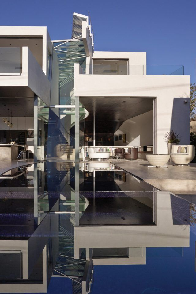 Scene Architects In Los Angeles 35 In 2020 House Architecture Design Modern Minimalist House House Designs Exterior