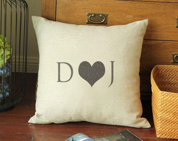 Taie doreiller monogramme, housse de coussin personnalisé amour, cadeau pour elle, personnalisé cadeau anniversaire, cadeau de mariage, lin coton