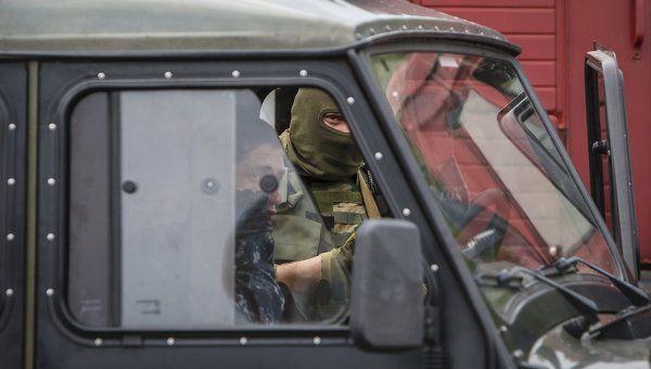 Польский аналитик: «Правый сектор» опасен не только для Украины. Преподаватель Высшей школы в Пршемышле, один из руководителей Польского геополитического общества Анджей Запаловский заявил, что после стрельбы в Мукачево стало ясно, что украинская националист