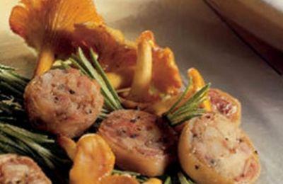750 grammes vous propose cette recette de cuisine : Poêlée d'andouillettes aux girolles. Recette notée 5/5 par 1 votants