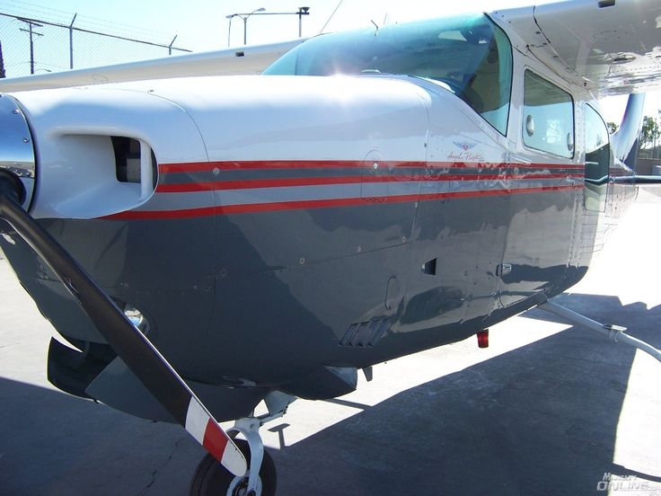 A special Cessna 210 - SHINED!
