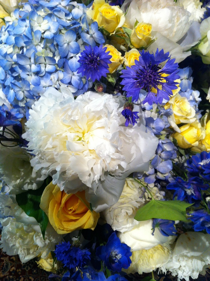25 best ideas about cornflower blue weddings on pinterest. Black Bedroom Furniture Sets. Home Design Ideas