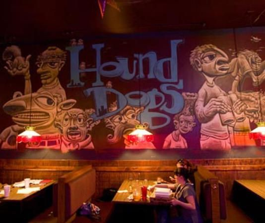 Hounddog's Three Degree Pizza: a campus favorite, they're open 24 hours a day! Ask for the Smokin' Joe's Crust (: