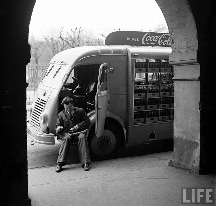 1950, Coca Cola arrive en France 1950 coca cola arrive france 03 photo histoire featured