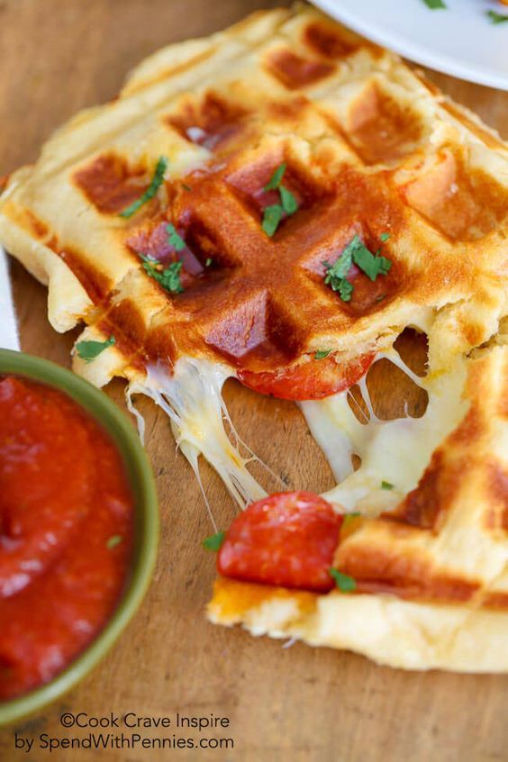PIZZA WAFFLES with just 3 ingredients! These yummy waffles take just a few…