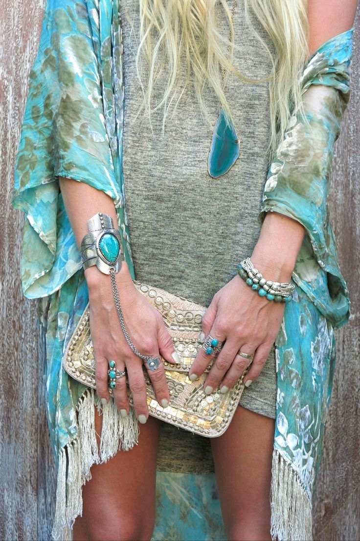 Boho Chic fringe kimono top with gypsy style embellished clutch and modern hippie turquoise jewelry stacked bracelets
