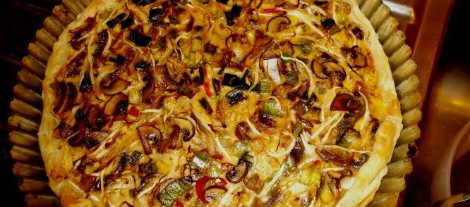 Pittige Thaise Groentequiche Met Kokosmelk recept | Smulweb.nl