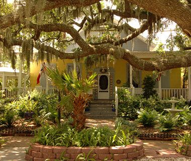 Best Affordable Island Hotel: Tybee Island Inn  Tybee Island, Georgia
