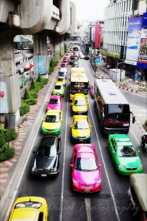 Gotta love bangkok!!