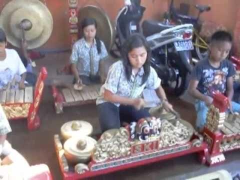 sanggar tari karawitan malang indonesia