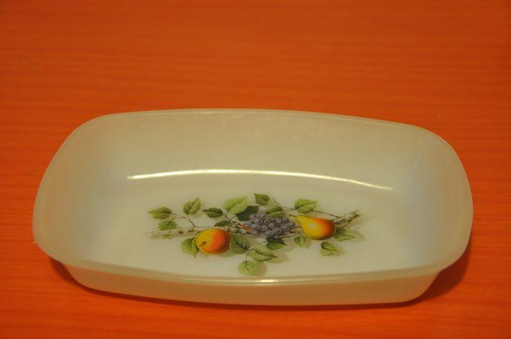 """Arcopal """"Fruits de France"""" dish"""