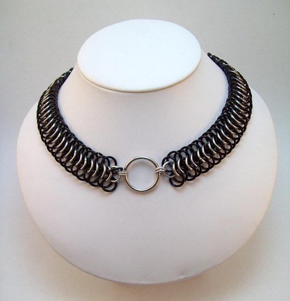 Bdsm chainmail collar