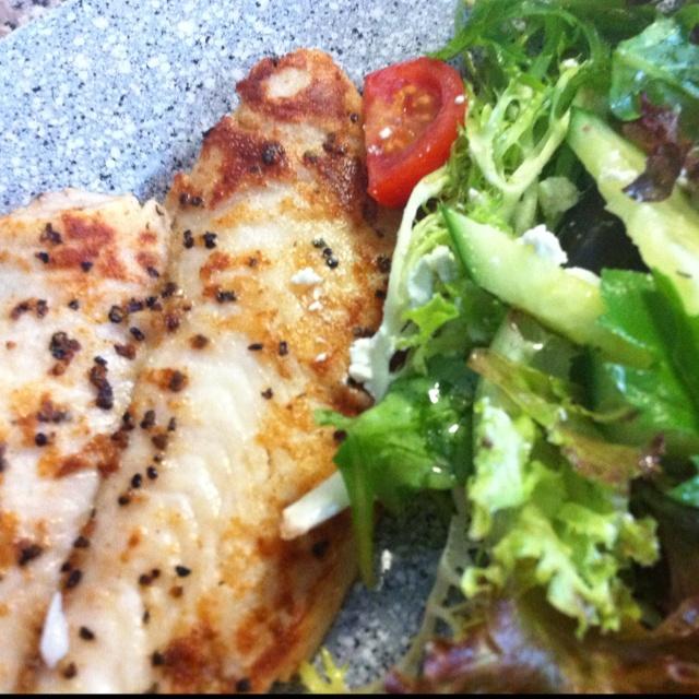 Home made fish and salad, yummers!! :)
