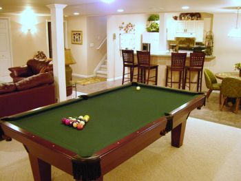 Best 25 rec rooms ideas on pinterest game room basement for Rec room pools