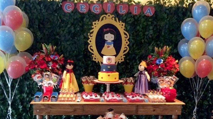 Branca de Neve foi o tema da da festa de Cecília, filha da atriz Bianca Castanho | Disney Babble Brasil