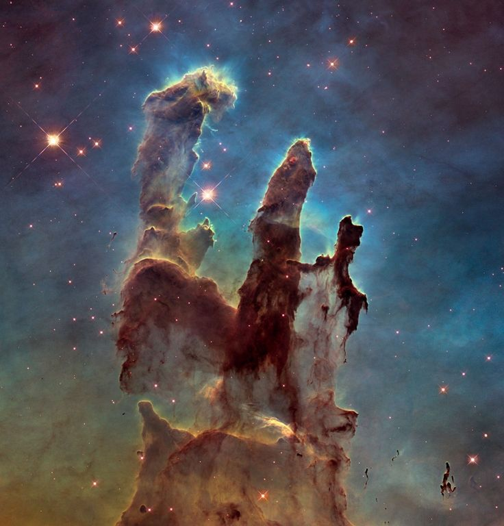 HAPPY BIRTHDAY HUBBLE! La NASA celebra i 25 anni di servizio del telescopio spaziale Hubble, riproponendo, con maggiore definizione e dettaglio, una delle immagini più celebri prodotte dal telescopio: I Pilastri della Creazione, ottenuta nel 1995. (by Media INAF)