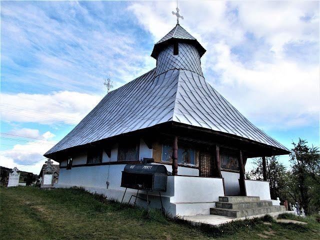 Turismul în România: Biserica de lemn din Bercești-Măgura