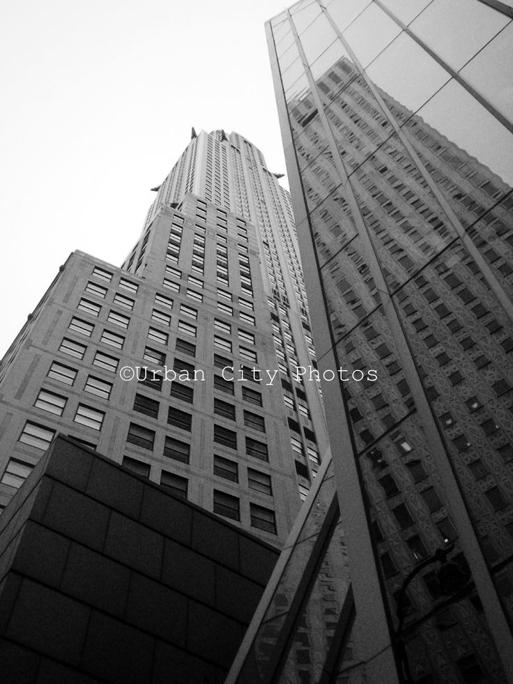 Cityscapes: New York. The Chrysler Collection