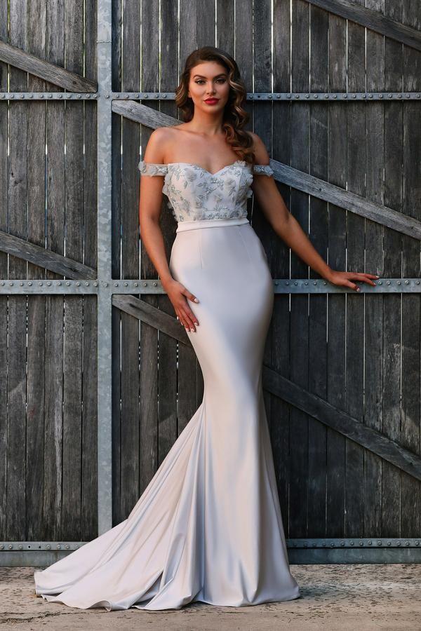 Evening dresses, Formal dresses