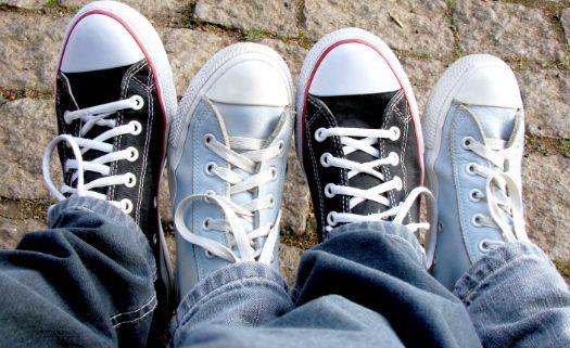 Tirar os sapatos e tênis quando entrar em casa é uma questão de higiene