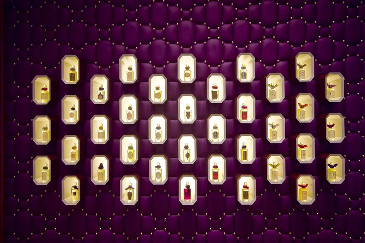 boutique Penhaligon's Milano - Olfattorio Bar à Parfums via Brera n. 5 a Milano, dettaglio