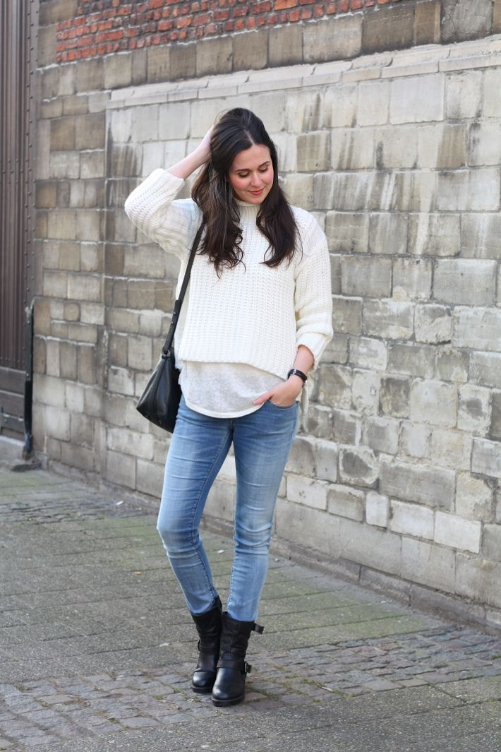casual outfit: replay luz hyperflex skinnies and biker boots