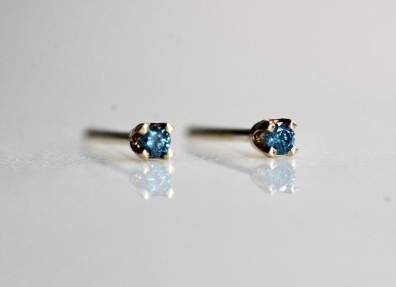 14K Gold Tiny Blue Diamond Studs, Blue Diamond, Diamond Earrings, Tiny Studs, Dainty Studs, Dainty Earrings, Dainty Jewelry, Blue Stone