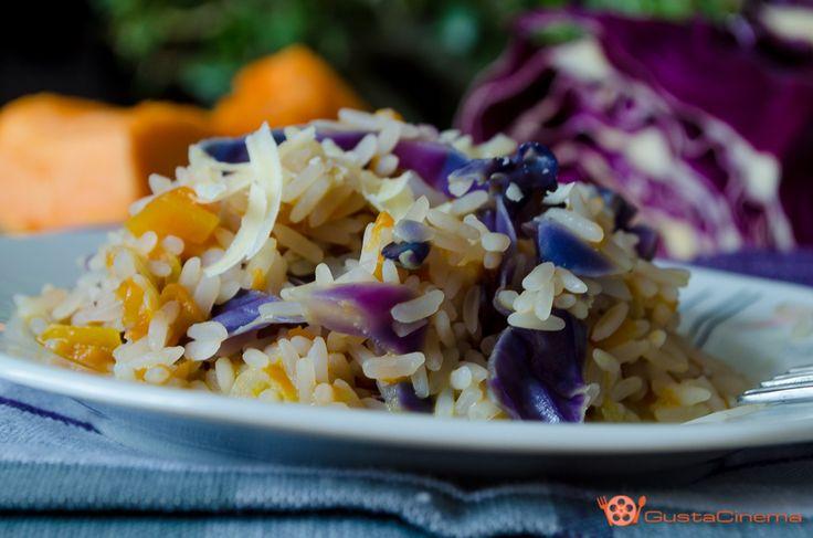 Risotto con zucca e cavolo viola un primo piatto delizioso e ricco di sapore, perfetto per un pranzo o cena leggera.