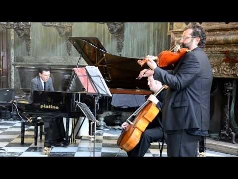 Rain in your black eyes - Ezio Bosso (pianista)   Distratta-mente
