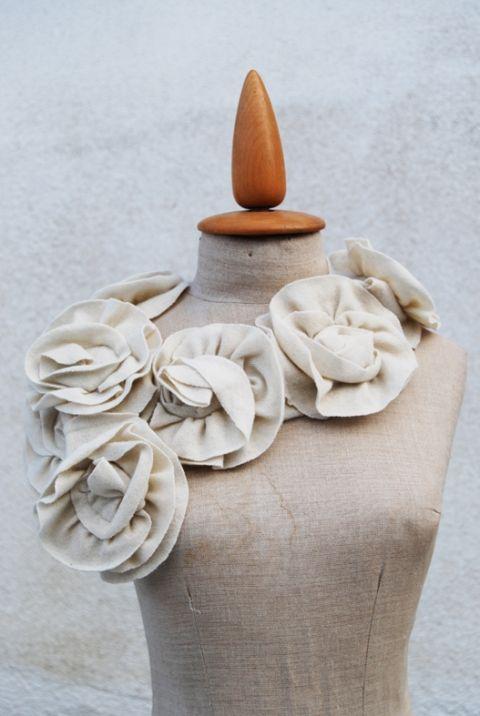 Krémszínű gyapjú sál, Szabovszki, meska.hu #roses #wool #scarf