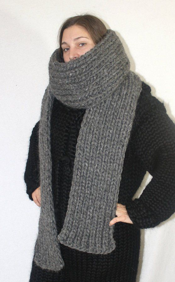 2bdf802d93fb2a 1 kg Dicker Schal grobstrick 100% Schurwolle gestrickter Schal Wolle  Wollschal für Männer by Strickolino von Strickolino auf Etsy